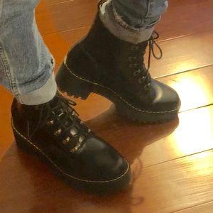 Dr. Martens Leona 7 Eye Hiker Boots